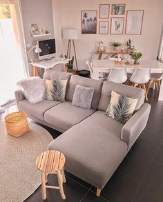 45 amazing gorgeous living room color schemes to make your room cozy 8 - Home Design Ideas Small Apartment Living, Cozy Living Rooms, Living Room Grey, Living Room Furniture, Living Room Decor, Small Living, Bedroom Decor, Bedroom Shelves, Wall Decor