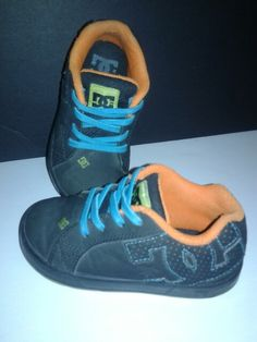 A3) Dc shoes gr : 8 Prix : 5$
