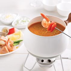 Our best tips for fondue and raclette - Fondu -Raclette-Brunch. Fondue Raclette, Food Porn, Mets, Nutrition, Brunch, Cheese, Ethnic Recipes, Comme, Dessert
