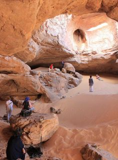 Tassili, Algeria (a place where you'll forget we are on planet Earth) Algeria Travel, Africa Travel, Desert Environment, Environment Design, Places To Travel, Places To Visit, Deserts Of The World, Destination Voyage, North Africa