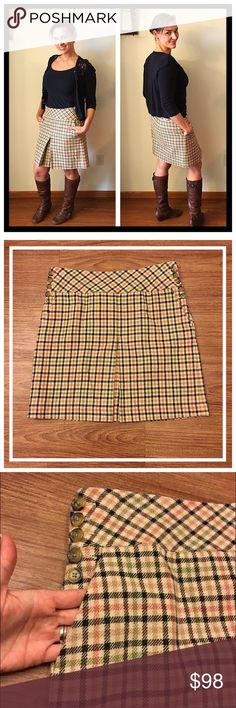 "Ann Taylor plaid fully lined skirt with pockets 📦Same day shipping (excluding Sun/holidays or orders placed after P.O. Closed) ❤️Save on shipping: Add all of your ""likes"" to a bundle and submit an offer  Gorgeous plaid pattern in a medium-weight fabric. Fully lined with a side zipper. 5 styling buttons on both sides in front with 2 functional front pockets. 100% cotton shell, 100% polyester lining. Flat measurements: 16.5"" Across waist and 19"" long. Smoke/pet free home. My measurements…"