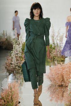 Ulla Johnson Spring 2018 Ready-to-Wear Collection Photos - Vogue