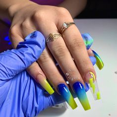 Want some ideas for wedding nail polish designs? This article is a collection of our favorite nail polish designs for your special day. Aycrlic Nails, Glam Nails, Neon Nails, Hair And Nails, Holographic Nails, Glitter Nails, Best Acrylic Nails, Acrylic Nail Designs, Fire Nails