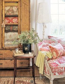 wicker mixed with toile fabric. Elements of French country decor. - wicker mixed with toile fabric. Elements of French country decor. French Country Bedrooms, French Country Cottage, French Country Style, French Farmhouse, Cottage Style, Country Living, Farmhouse Decor, Country Charm, Cottage Living