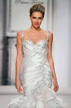 Beautiful shape and textures. Formal Dresses For Weddings, Sexy Wedding Dresses, Gorgeous Wedding Dress, Wedding Looks, Designer Wedding Dresses, Wedding Attire, Beautiful Bride, Wedding Stuff, Pnina Tornai Dresses