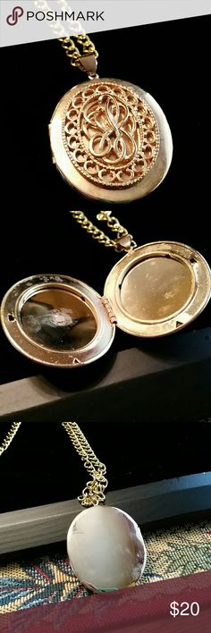 VINTAGE  LOCKET Beautiful Locket, engraved front  pristine condition. Added long Chain, non Tarnish.a great small gift, from my collection, selling all , will be posting  more along...BUNDLE AND SAVE... Accessories