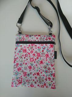 Kukka pikkulaukku