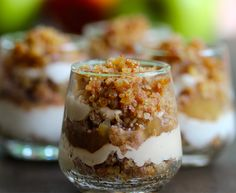 No-Bake Mini Apple Cheesecakes--they taste just as good as they look! #apple #cheesecake #skinnydessert