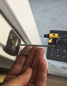 A good home security tip that you may have never thought about.replace the screws in the door strike plates with 4 inch screws. Apartment Checklist, Apartment Hacks, First Apartment, Studio Apartment, Apartment Living, Apartment Door, Apartment Plans, Apartment Furniture, Apartment Kitchen