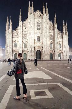 Monday Update #45 | Nights at Il Duomo I Milan: http://www.ohhcouture.com/2017/03/monday-update-45/ #ohhcouture #leoniehanne