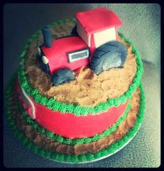 Tractor cake side view