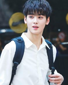 15 Idols Whose Real Names Are Unexpectedly Beautiful Handsome Korean Actors, Handsome Boys, Cute Korean, Korean Men, Park Jin Woo, Cha Eunwoo Astro, Lee Dong Min, Cn Blue, Sanha