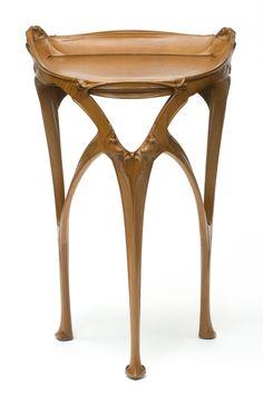 Pedestal table, architect Hector Guimard (1867-1942), manufacturer Ateliers d'Art et de Fabrication Guimard, Paris, c. 1903 Inv. 32650 © Les Arts Décoratifs, Paris / photo : Jean Tholance