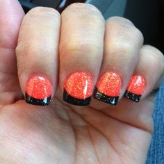 Halloween Nails - love my nail Tech. Are you looking for easy Halloween nail art designs for October for Halloween party? See our collection full of easy Halloween nail art designs ideas and get inspired! Holiday Nail Designs, Diy Nail Designs, Halloween Nail Designs, Halloween Nail Art, Simple Nail Designs, Holiday Nails, Art Designs, Disney Designs, Halloween Halloween
