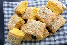 Dags för recept igen. Jag försöker bjuda på ett recept per dag på den här bloggen. Hoppas att ni får lite inspiration och sug att använda er av mina recept. Jag lägger ned så otroligt mycket tid på att ta fram nya recept och twista till dem lite. Komma på nya smaker och kombinationer är så jäkla kul Gluten Free Vegetarian Recipes, Vegan Gluten Free, Paleo, Bread Baking, Cornbread, Cooking Recipes, Favorite Recipes, Sweets, Snacks