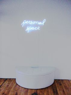 'Personal space' Neon by artist Jill Epstein