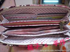 DIY - wallet tutorial with great pictures. Sew Wallet, Fabric Wallet, Fabric Bags, Purse Wallet, Pouch, Sewing Hacks, Sewing Tutorials, Sewing Crafts, Sewing Projects