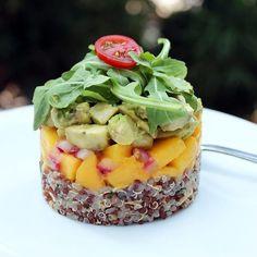 Timbale of quinoa, mango, and avocado – Mi Diario de Cocina Raw Food Recipes, Vegetarian Recipes, Cooking Recipes, Healthy Recipes, Flour Recipes, Cooking Tips, Cucumber Recipes, Salad Recipes, Starter Dishes