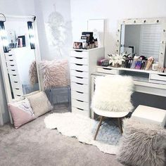 Whole body mirror, acrylic chair, barnes doily chair, malm dressing table, Dream Rooms, Dream Bedroom, Girls Bedroom, Bedroom Decor, Bedrooms, Bedroom Ideas, Bedroom Table, Home Design, Diy Design