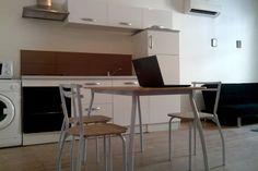 Regardez ce logement incroyable sur Airbnb : 50m2 Wi-Fi Centre Historique Perpi à prix BUDGET - Appartements à louer à Perpignan