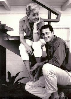 Rock Hudson and Doris Day. seriously my favorite movie couple.