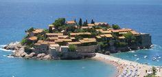 Montenegro  #Travel #Viatur #Viaturista #toursenespanol  #Montenegro #Beautiful || Visita esta ciudad con la ayuda de ToursEnEspanol.com ||