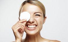 Novas maneiras para lavar o seu rosto - Existem diversas formas de manter o seu rosto limpo, hidratado e radiante. Conheça algumas delas! - http://lovys.com.br/lovysmag/beleza/tratamentos/novas-maneiras-para-lavar-o-seu-rosto