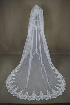 Custom Make Vintage White Ivory Wedding Veil Bridal Lace Cathedral Floor Length
