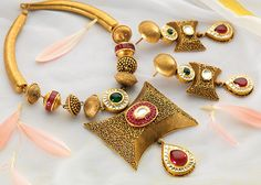 Jewellery set at best price online for women Gold Bangles Design, Gold Earrings Designs, Gold Jewellery Design, Gold Designs, Diamond Jewellery, Gold Jewelry Simple, Trendy Jewelry, Ethnic Jewelry, Beaded Jewelry