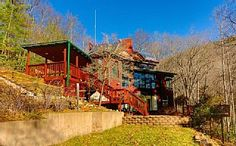 Unplug! Off Grid Modern & Secluded Mountain Home - Hike Out Your Backdoor!Vacation Rental in Burnsville from @homeaway! #vacation #rental #travel #homeaway