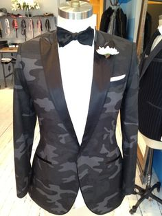 Camouflage dinner jacket #menswear #camo