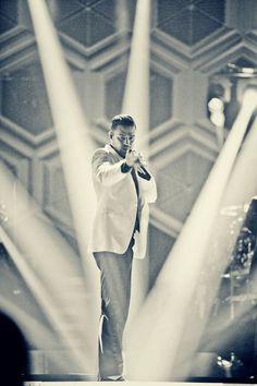 Justin Timberlake***