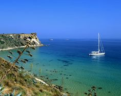 Google Image Result for http://www.destination360.com/europe/greece/images/s/sailing-holidays.jpg