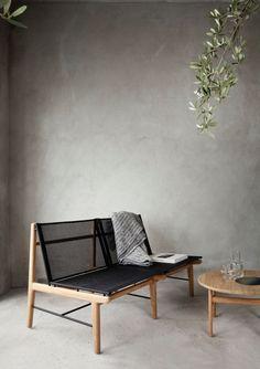 Coin salon minimaliste, murs et sol et béton lissé | Minimalist living, Concrete wall and floor | Norm Architects