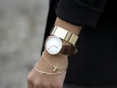 Daniel Wellington rose gold and leather watch and layered gold bracelets Jewelry Accessories, Fashion Accessories, Gold Jewelry, Gold Bracelets, Watch Bracelets, Layered Bracelets, Jewelry Trends, Women Accessories, Stacking Bracelets