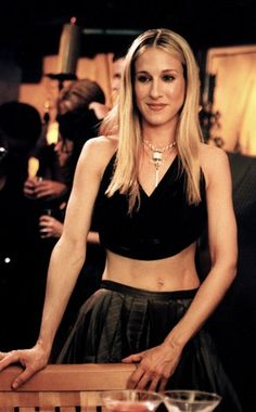 Carrie rocking the midriff