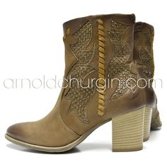 Arnold Churgin Trenta #boots #styleblogger #canadianblogger #heels #shoefie Cowboy Boots, Ankle Boots, Heels, Beautiful, Fashion, Colors, Ankle Booties, Heel, Moda