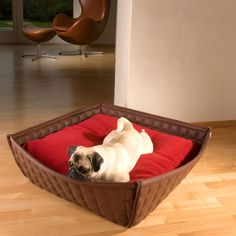 BOWL Hundebett aus Leder, BOWL dog bed out of leather, BOWL letti per cani di pelle. http://www.pet-interiors.de/de/hundebett_pg4