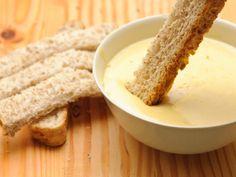 How to Make Garlic Cream Sauce