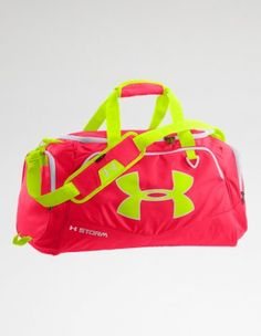 Backpacks, Duffle Bags Gym Bags for Women - Under Armour mk bags, cheap michael kors Nike Under Armour, Under Armour Women, Gym Backpack, Gym Gear, Cute Bags, Athletic Wear, Workout Wear, Sport Outfits, Purses And Bags