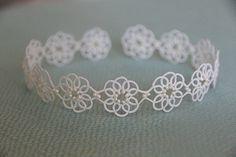 Etsy の Tatting lace bracelet pdf pattern Clematis by TheKimAndI