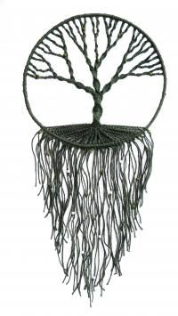 macrame - tree of life wall hanging - makramilka - awesome MaisDíszek a falon & Decor pereteOrnaments on the wall / Decor peretoI like the single color, could also add beadsgotta love that tree Macrame Art, Macrame Projects, Macrame Knots, Micro Macrame, Macrame Wall Hangings, Carillons Diy, Los Dreamcatchers, Art Macramé, Yarn Crafts