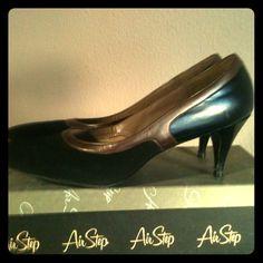 💢Reduced 💢💢Vintage heels Black and brown Vintage heels, from the sixties, original box airstep Shoes Heels