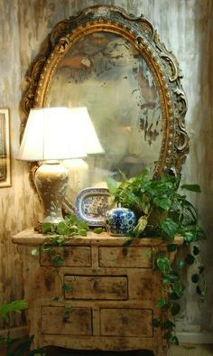 Classic display with ornate mirror and rustic chest. French Decor, French Country Decorating, Country French, French Style, Rustic French, French Interior, Style Cottage, Beautiful Mirrors, Vignettes