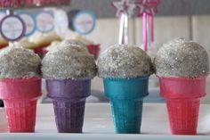Pop Star Birthday - microphone cupcake ...lemonblu.