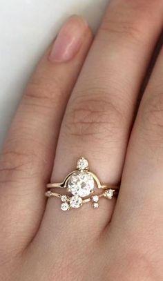 Modern wedding ring & band