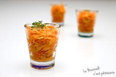 Salade de carottes et pommes Granny Tableware, Glass, Blog, Carrots, Apples, Recipe, Wednesday, Cheer Snacks, Envy