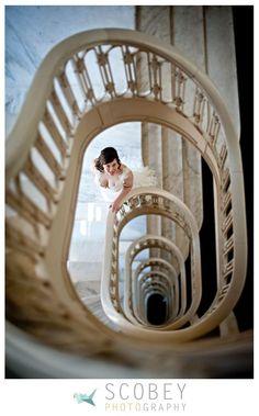 The Georgian Terrace - Atlanta Wedding Venue. Killer staircase = Fab photos. Scobey Photography