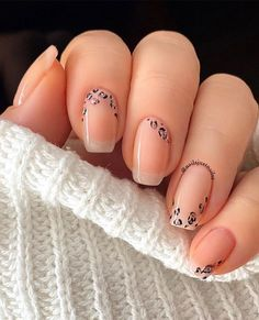 Love these 🐆 nails. Colors used: {bare} sheer color for the base, {cup o'latte} {after party} {lights out} for the beautiful 🐆 print. your talent is unreal. Classy Nails, Stylish Nails, Trendy Nails, Nude Nails, Pink Nails, Coffin Nails, Leopard Print Nails, Short Gel Nails, Nagellack Design
