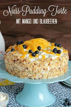 Nuss-Pudding-Torte mit Mango (glutenfrei) - Sasibella Lucky Food, Home Bakery, I Love Chocolate, Spring Recipes, Cupcakes, Low Carb Desserts, Fabulous Foods, International Recipes, Diy Food
